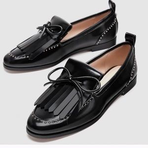 Zara black Kiltie loafers with pearl accents NWT